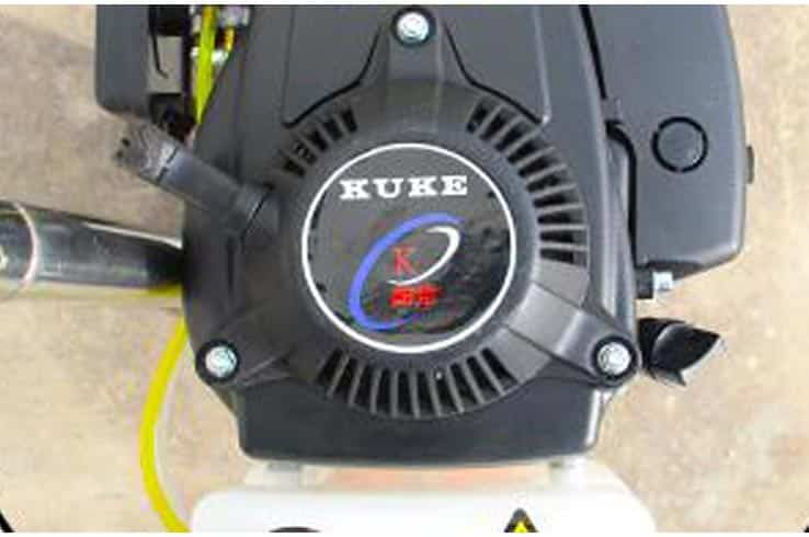 4. Special vertical gasoline engine gives the machine abundant power and low failure rate.