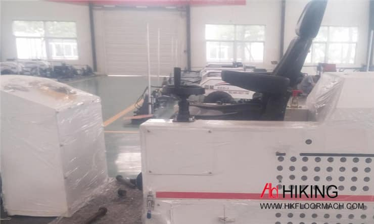 the integrated design six-wheeled concrete laser screed